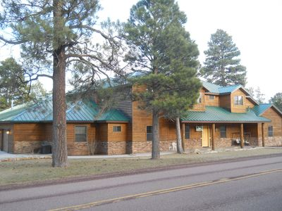 7,500 sq. ft. huge multi-family cabin on 2 acres!