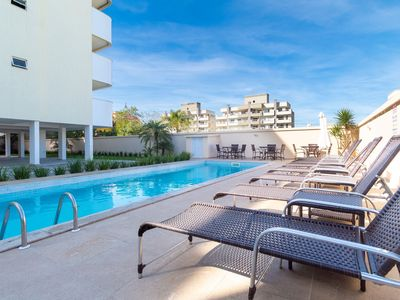 Photo for Rent Apartment 2 bedrooms without a suite Pool Bombas / SC 419