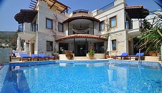 Photo for Superb Private Luxury Villa With heated salt water Pool, Terrace And Sea Views