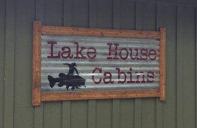 Welcome to LAKE HOUSE CABINS!