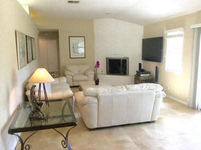 Photo for Beautiful Del Mar Beach Cottage on 20th St.  Walk to sandy beach!