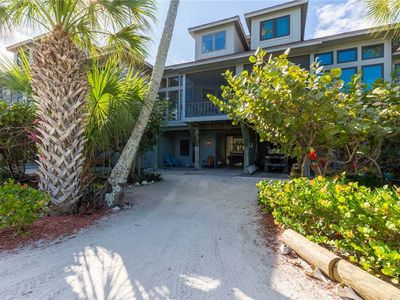 Sea Turtle Townhome, Dockage, 2 Club Use, Lifted Cart