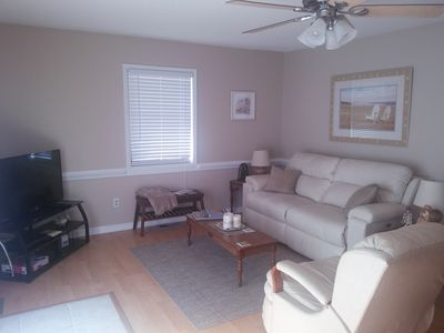 Photo for Newly renovated dog friendly beach cottage at Oak Island, with beach access!