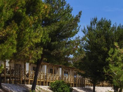 Photo for Comfortable chalet with two bathrooms in seaside resort with facilities