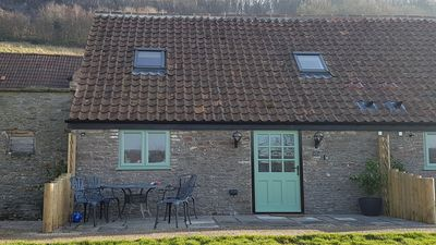 Photo for Dog & family friendly 2 bed barn conversion in country setting