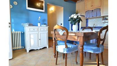 Blueberry apartment - relax in a luxury villa in the hills of Lucca