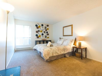 Photo for 14-302 · Top Floor with awesome amenities and location