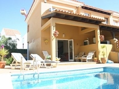 Photo for 2 Bed Villa with Private Pool. Near beach and Town.