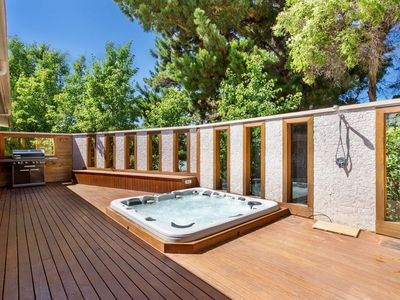 Photo for Sun Valley - Boutique Portsea Accommodation