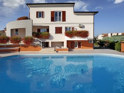 Photo for Apartment Complex Irena with Pool / Three Bedroom Irena VI with Balcony and Shared Pool