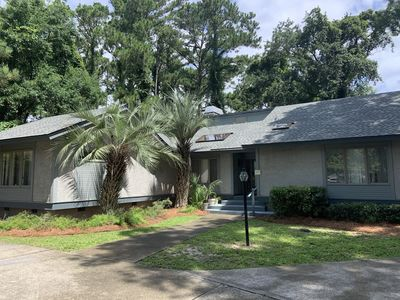Photo for Palmetto Dunes Vacation Home w/ Private Pool near Beach, Golf & Tennis