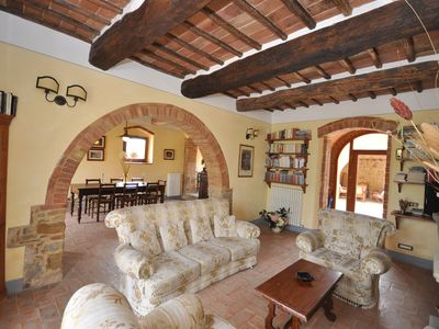 Photo for 5 bedroom Villa, sleeps 10 in Sant'Ambrogio with Pool, Air Con and WiFi