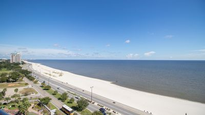 Photo for When it comes to  TOWER above the Rest! 2 Bedroom/2 Bath- Sleeps 6!