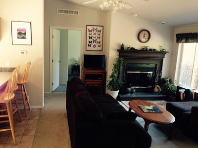 Photo for Hidden Springs Vacation Rental -- 3 bed 2 bath, private, sunny mountain view
