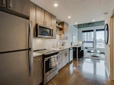 Photo for Minnestay* Sable 23 Alcove ★ Business Traveler ★ Walk to Light Rail ★ North Loop