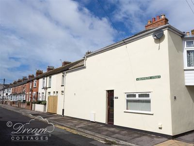 Photo for SUNNY DAYS, pet friendly in Weymouth, Ref 994696