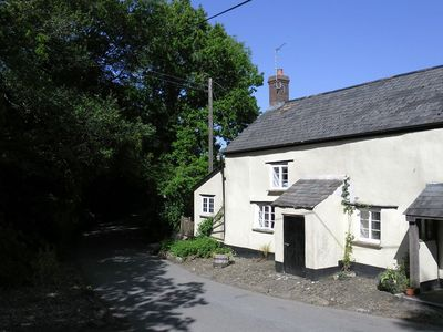 Photo for Little Week Cottage, Bridestowe, nr Lydford