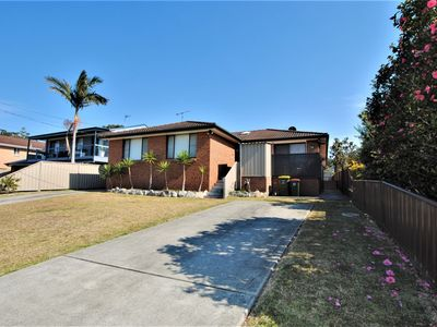 Photo for Bay Breeze in Lambs Cres