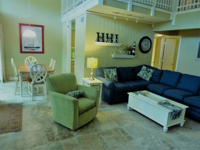 Photo for Seapines 3 bed/2.5 bath, direct golf view,Pet OK, free bikes and tennis