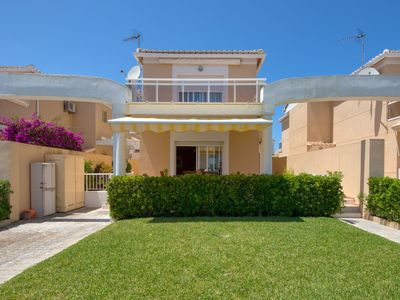 Photo for Beautiful apartment for 8 guests with A/C, pool, WIFI, TV, balcony and parking