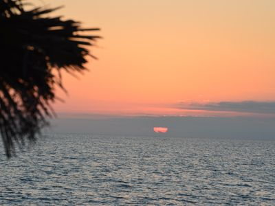 Photo for Beach side Townhouse condo with views of Gulf. Steps to the beach! Discount through Christmas