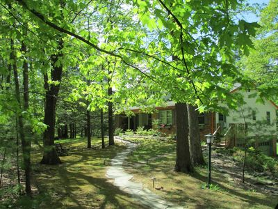 Photo for TOTALLY PRIVATE Affordable 1 Br, 3 Acr, Pond/Pool, WiFi, AC, TV, Deck, Sleeps 4
