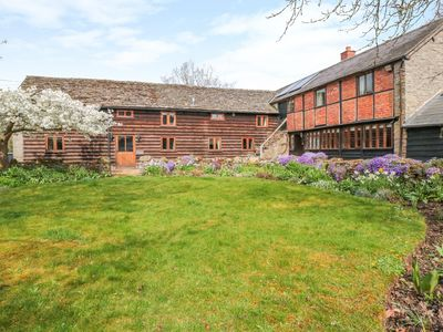Photo for THE OLD BARN, pet friendly, with open fire in Eardisley, Ref 971659