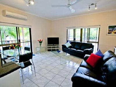 Photo for Townhouse No 6, Marlin Tce on Mudlo