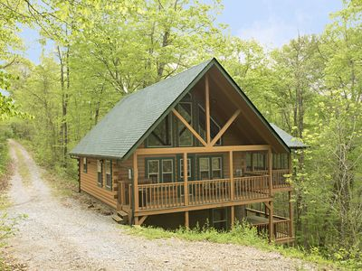 Photo for Chickadee Cabin at Hummingbird Hill (Hocking Hills area)