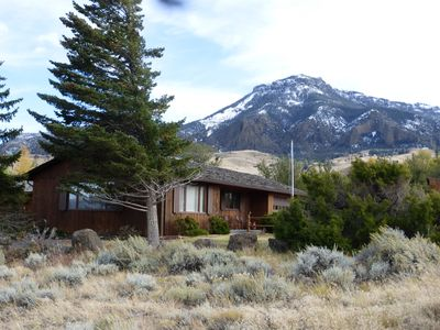 Photo for Four bedroom, 2.5 bath home that sleeps 10 in the beautiful Wapiti Valley.