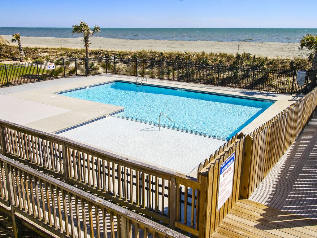 Charming Ocean Front Condo   New Swimming Pool  Voted  U0026 39 Best