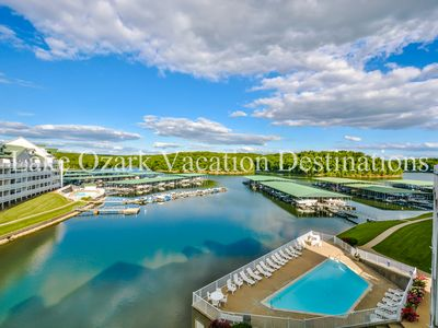 Photo for Parkview Bay 3 Bed 3 Bath Loft Condo near the Outlet Mall, Wi-Fi, Boat Slips