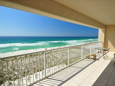 Photo for Absolute Gulf Front, superb view, balcony, pool, grill, free wifi, parking,cable