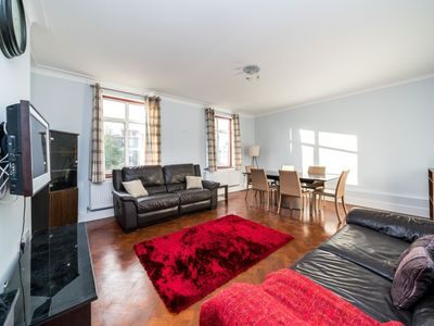 Photo for NEW Stunning 3 Bedroom House Centre Wembley
