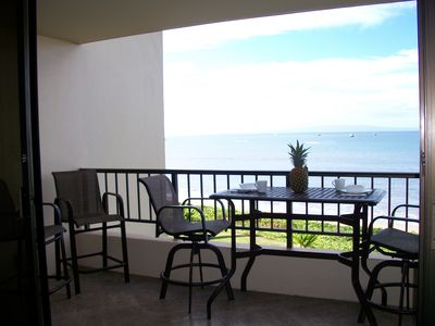 Two extra chairs on the lanai and of course that View.  You are sitting only 30 feet from the Ocean!!