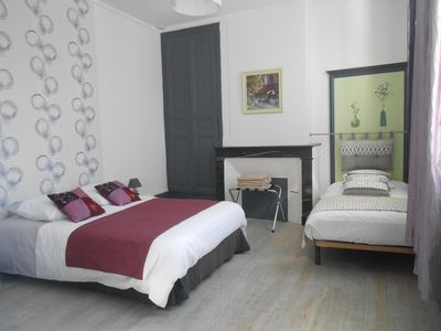 Photo for Apartment very well located and quiet, the countryside 3 minutes walk from the city center