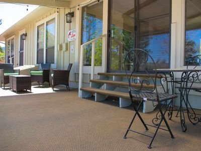 *New* Monthly Rates Available! Manitou Springs, & Old CO City, Spacious, WiFi, Cable, AC, Garage