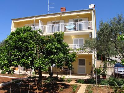 Photo for One bedroom apartment with balcony and sea view Stari Grad (Hvar)