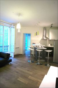Photo for Near Notre Dame, 2 steps from the Seine, Charming 2 rooms comfortable quiet