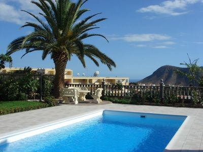 Photo for House in Chayofa with Parking, Internet, Washing machine, Pool (134637)