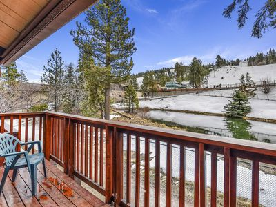 Drop Inn to Summit: At Snow Summit! Private Hot Tub! Slope View! 2 Stoves & Microwaves!