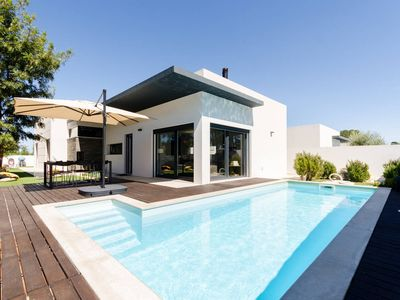 Photo for Great villa in Sesimbra / Meco near Lisbon Preview listing