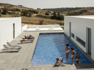 Photo for Quinta da Azenha - pool in the countryside + 18pax