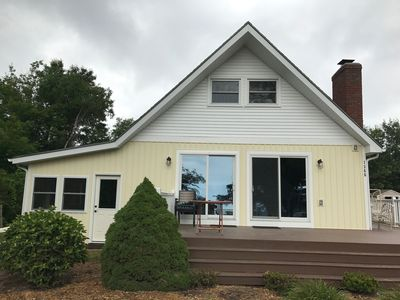 Photo for Newly renovated cottage in best of Silver Lake