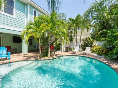 FantaSea, a single family pool home located in Holmes Beach.