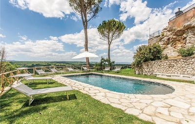Photo for 6 bedroom accommodation in Orte (VT)