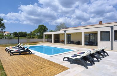 Photo for Special villa with private pool, 3 bedrooms, 3 bathrooms, Wi-Fi, air conditioning, billiards, outdoor shower, whirlpool, terrace and barbecue