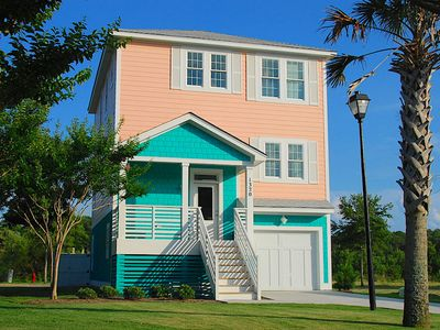Photo for The Mermaid House at Devonshire Place 3 Bedroom Home, 1 Mile from Beach Access