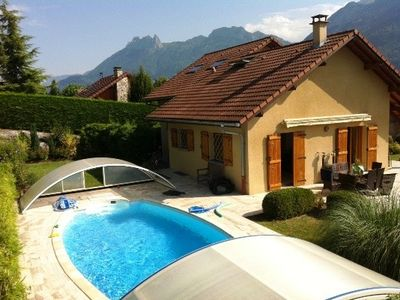 Photo for Villa with covered pool, within walking distance of Lake Annecy