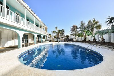 GORGEOUS private pool, hot tub and outdoor shower.  Pool heat available